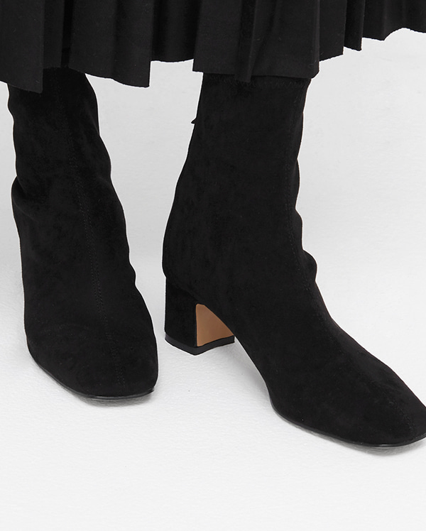 contrast suede ankle boots (225-250)